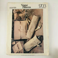 Vintage Vogue Sewing Pattern 1703 Purse Eyeglass Case Lipstick Wallet UNCUT