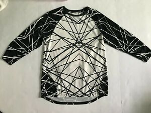 New WITHOUT WALLS Mens Black White Geo Workout Gym Sport Fitness Tee L Free Ship
