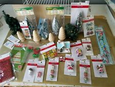 Lot of Dollhouse Miniature Accessories 1:12 Christmas items, trees, Santa, gifts