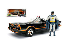 1:24 Jada - Batman 1966 Classic TV Series Batmobile with Batman Figure