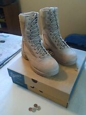 New in the box Danner DESERT TFX ROUGH-0UT GTX Size 7 1/2 D Boots