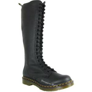 Dr. Martens 1B60 Virginia Black 23889001 Schwarz 20-Loch Stiefel Docs Noir Nero