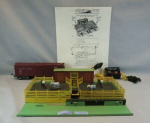 American Flyer S Scale #771 Operating Stockyard w/Car, Controller & Cattle & OB
