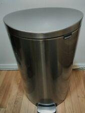 Brabantia Stainless Steel 8 gal./30L Flatback Semi-Round Trash Can MSRP $120