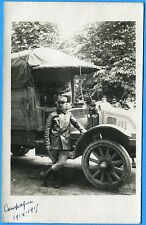 CPA Photo: Conducteur et son camion KELLY-SPRINGFIELD / Guerre 14-18 / 1915