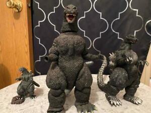 Vintage 3pc Godzilla KING of Monsters Collectible Talking Figure Bandai Toho Set