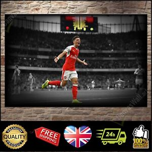 Mesut Ozil Arsenal | Canvas Print Wall Art Photo | 4 Sizes