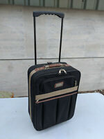 f57414d91 Vintage Marco Polo Soft Sell two wheel Suitcase 59 x 35cm travel ...