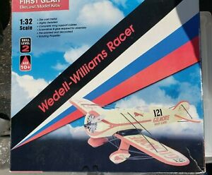 First Gear Gilmore Airplane 1:32 Scale Die Cast Model Kit Wedell-Williams Racer