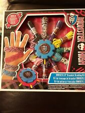 Monster High bracelet braiding kit