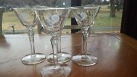 Rooster Liquor Cocktail Glasses Chanticleer by Libbey 4 4oz faceted stems