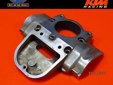 1999 KTM 300 380 250 EXC Engine Cylinder Power valve Cover Flange Front Housing