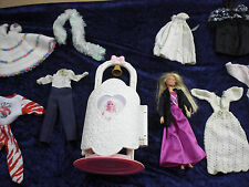 Original Vintage Barbie Bridal Furniture & Doll  by Mattel 1995 + 10 Garments
