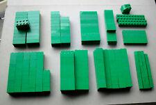 LEGO :  LOT DE 335 BRIQUES VERTES