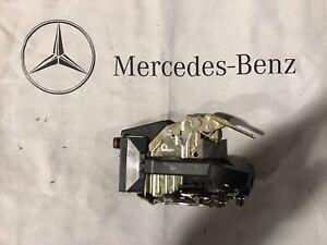89-02 Mercedes Benz R129 300,500 SL SL 320 500 600 Right Pass Door Lock Actuator