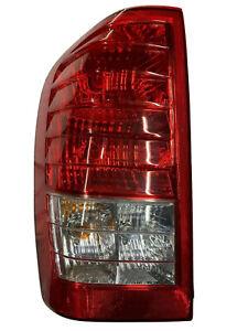 2007-10 Hyundai Entourage (Kia Sedona) Left Driver Tail Light OEM Lens USED
