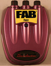 Danelectro D-7 Fuzz Guitar Effect Pedal, Vintage to Modern Tone  NEW