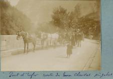 France, Voyageurs sur le Pont d Enfer, route des eaux Chaudes, ca.1900, Vintage