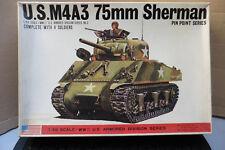 BANDAI 1/48 U.S M4A3 75mm SHERMAN + 4 SOLDIERS WWII TANK MODEL KIT BOXED VINTAGE