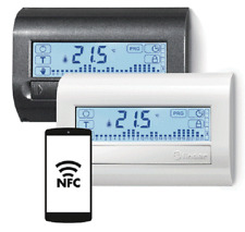 Finder 1C.81 Cronotermostato touchscreen bianco programmabile da smartphone NFC