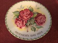 Crown Staffordshire Mothers Day 1974 Americana Rose 2nd Edition Plaque