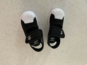 toddler adidas superstar black Sandal size 7