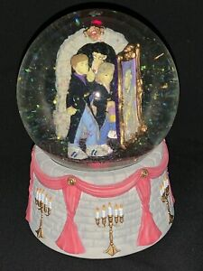 2001 Harry Potter Enesco Ron Hermione Fat Lady Door Painting Musical Snow Globe