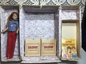 Vintage Barbie SKIPPER Doll with Carrying Case Booklet Outfit & Shoes