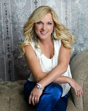 Rhonda Vincent 8 x 10 / 8x10 GLOSSY Photo Picture IMAGE #4