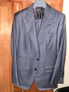 Charcoal Grey Tom Ford Windsor Suit (Sharkskin) Size 50/40