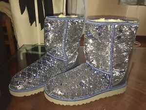 UGGS LIMITED EDITION VINTAGE RARE BLUE COLOR SEQUIN BRAND NEW BOOTS!BREATHTAKING