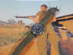 Vintage Vietnam War Benrus Military (Field Watch)1969 MILW46374 running + band