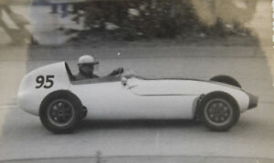 26611 Photo Unknown Racer Um 1962 Diver Sport Racing Car