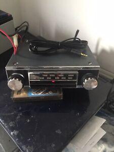 Vintage Upgraded Radiomobile 80X Classic Car Radio + iPod/mp3 lead