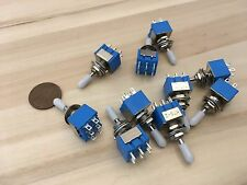 10x White Sleeve cap boot cap Blue On Off On Momentary Mini Toggle Switch 1/4 C8