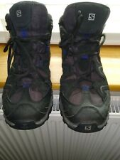 Mens Solomon gore tex mid walking boots size 9 very good condition