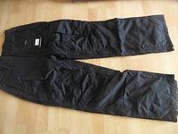 BENCH Sport coole Snowboardhose  schwarz Gr. S  NEU