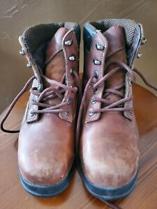 Men's Brown Leather Wolverine Heavy Duty Lace Up Work Boots, Size 8.5