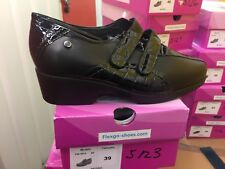 Ladies Black Leather Shoes Size 6