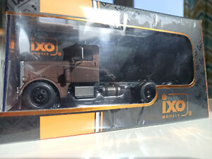 Peterbilt 281 1956 from movie Duel 1:43 iXO die cast model TR049