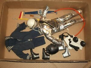 "1960s-70s 12"" vintage Gi Joe / Action man Uniforms and parts LOT # 524"
