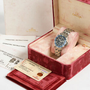 Omega Seamaster Ref 2551.80.00. Mid Size, Blue Wave Dial. Box & Papers.