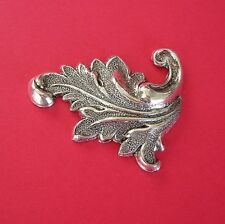 Flourish Scroll Jewelry Findings.(2 Pcs) 2-Ox Silver over Brass Stamping Leaf