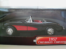 "YAT MING ""ROAD SIGNATURE"" 1957 CORVETTE CONVERTIBLE DIECAST MODEL"