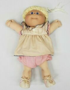 Cabbage Patch doll Xavier Roberts 1985 Doll Blonde Girl , Blue Eyes vintage rare