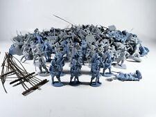 Lot important de soldats plastiques conquistador américains indiens 5 cm