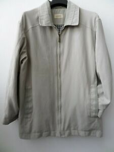 Smart Carabou Classic Men's Stone/Cream Soft Touch Jacket/Coat Size M