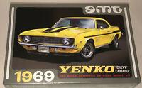 AMT 1969 Chevy Camaro Yenko 1:25 scale model car kit new 1093