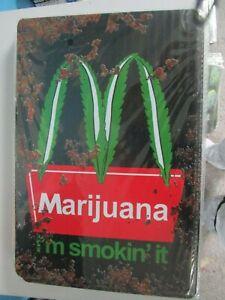 M D Marijuana Leaf Metal Tin Sign Cannabis Weed Iron Painting Wall Art Poster