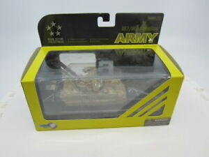 Dragon Armor 1/72 Scale Die Cast M2/M3 Bradley Five Star Collectibles #60101